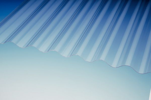 PLEXIGLAS® RESIST 1,8 Wellplatte 76/18 farblos glatt